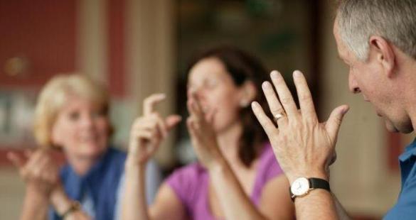 lenguaje de signos en ingles